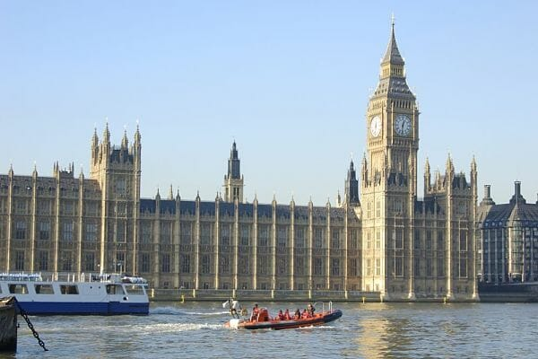 <h3>Thames speed boat</h3>